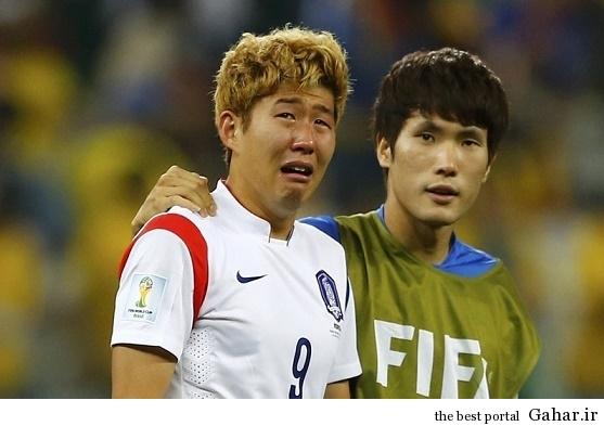 228222 اشکهای بازیکن و صحنه احساسی در جام جهانی / عکس