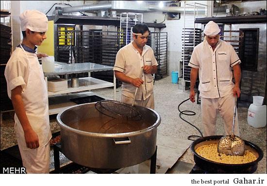 317441 471 عکس های دیدنی از کارگاه پخت زولبیا و بامیه