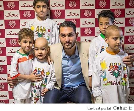 9304 5m2298 کودکان موسسه محک علیرضا حقیقی را گلباران کردند / عکس