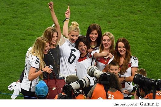 sdfghj جشن قهرمانی آلمان ها با همسرانشان