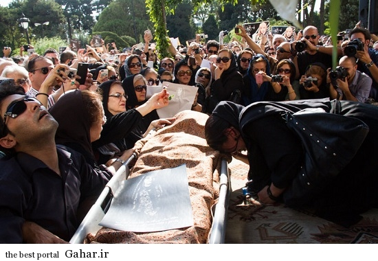 tashi simin behbahani4 مراسم تشییع سیمین بهبهانی با حضور بزرگان شعر و موسیقی / عکس