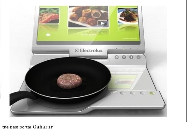 13930727000220 PhotoL غذا پختن با لپتاپ