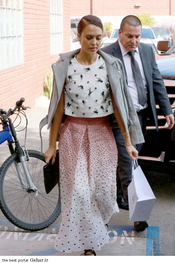 jessica alba heads to a production building for a meeting in los angeles october 2014 13 عکس های جسیکا آلبا در لس انجلس