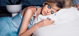 چرا نباید با داشتن آرایش بخوابیم