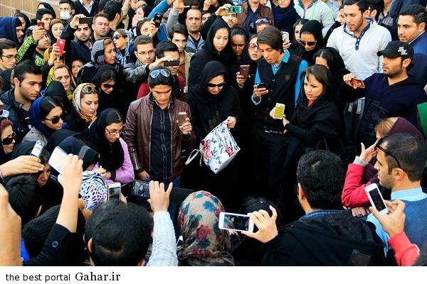 701371 عکس های تجمع هواداران مرتضی پاشایی مقابل بیمارستان