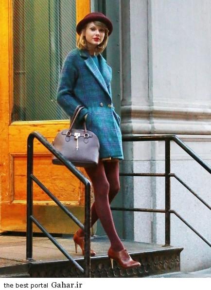 Taylor Swift Steps Out In NYC Ce0z9q0D Pl عکس های تیلور سویفت در حال خارج شدن از خانه اش