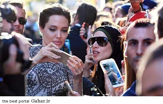 anjelian joli selfie عکس سلفی آنجلینا جولی با طرفدار محجبه اش