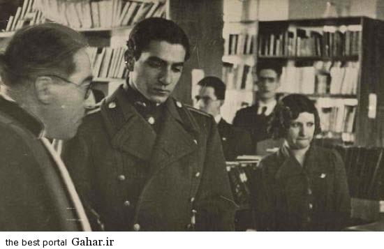 304752 871 محمدرضا پهلوی در کنار پروین اعتصامی