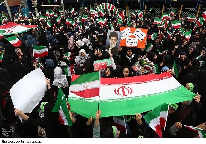 139311221002575414725984 عکس دختران ایرانی در راهپیمایی 22 بهمن 93 میدان آزادی