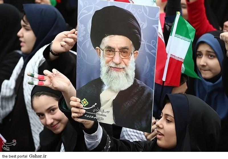 139311221002582284725984 عکس دختران ایرانی در راهپیمایی 22 بهمن 93 میدان آزادی