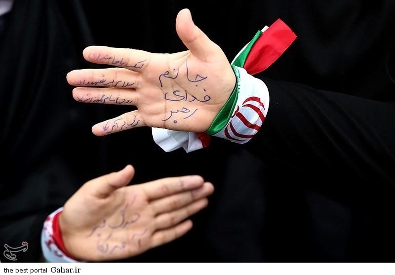 139311221103001664726474 عکس دختران ایرانی در راهپیمایی 22 بهمن 93 میدان آزادی