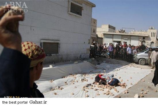 mojazat daesh6 عکس ; مجازات کردن دو جوان سوری توسط داعش