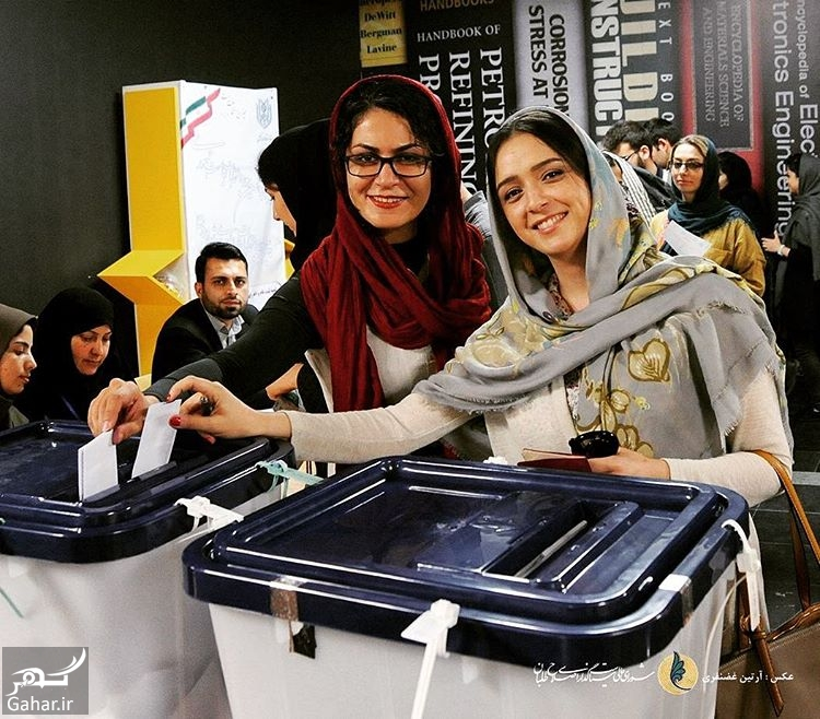 302010 Gahar ir عکس/ ترانه علیدوستی در حال رای دادن در دانشگاه امیر کبیر