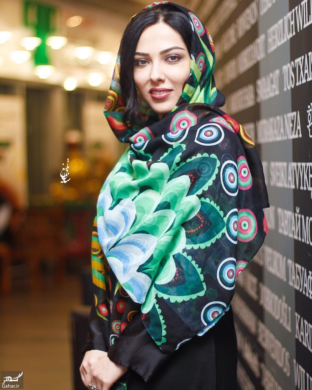 304254 Gahar ir عکس/ تیپ متفاوت لیلا اوتادی در مراسم افتتاحیه فیلم «آشوب»
