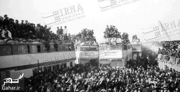167068 Gahar ir عکس های تاریخی از مراسم تشییع امام (ره)