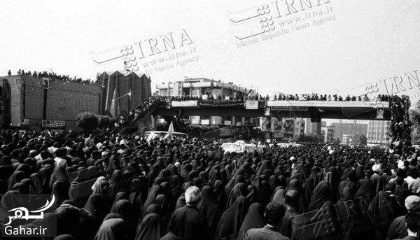 191646 Gahar ir عکس های تاریخی از مراسم تشییع امام (ره)
