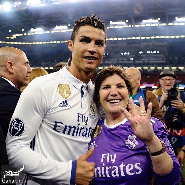719433 Gahar ir مادر و پسر رونالدو در جشن قهرمانی رئال مادرید