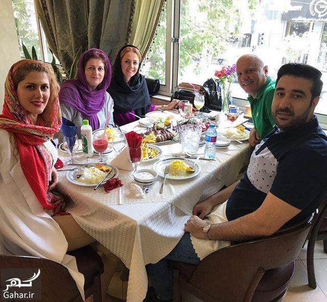 087625 Gahar ir عکسی از دورهمی بیتا سحرخیز و خانواده اش در رستوران