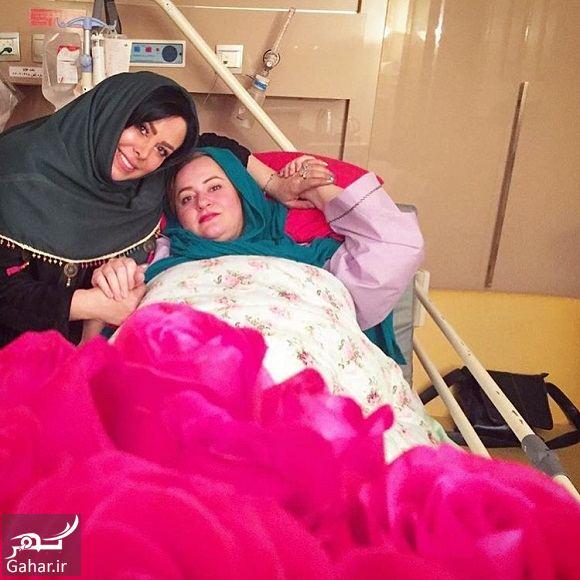 290087 Gahar ir عکسهای ملاقات بازیگران از نعیمه نظام دوست در بیمارستان