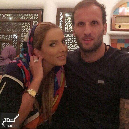962998 Gahar ir عکس محسن بنگر و همسرش با تیپ متفاوت در رستوران!
