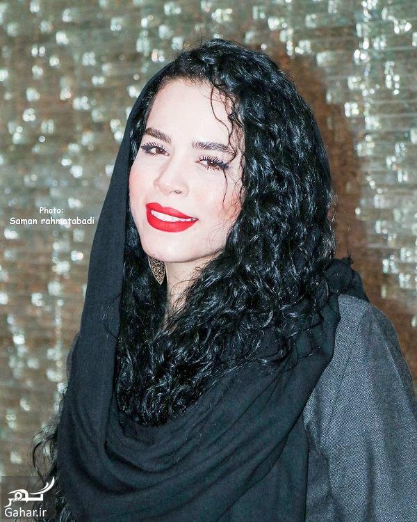 115369 Gahar ir ژست های خاص ملیکا شریفی نیا در اکران خصوصی فیلم در وجه حامل / 5 عکس