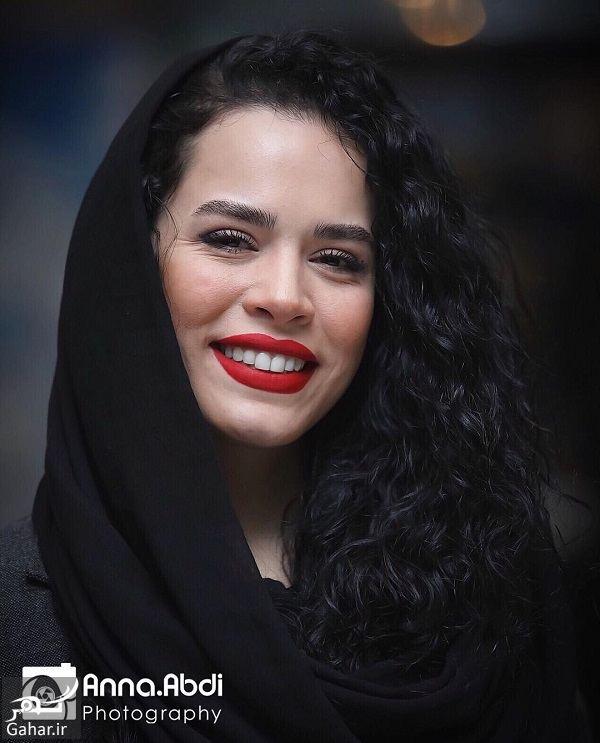 123188 Gahar ir ژست های خاص ملیکا شریفی نیا در اکران خصوصی فیلم در وجه حامل / 5 عکس