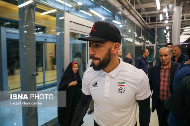 722927 Gahar ir عکسهای استقبال پرشور مردم از کاروان تیم ملی در فرودگاه امام خمینی