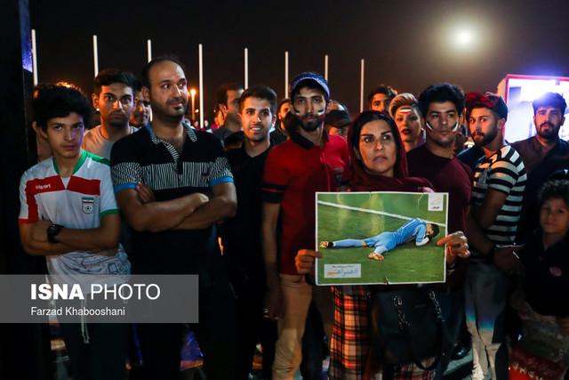 806080 Gahar ir عکسهای استقبال پرشور مردم از کاروان تیم ملی در فرودگاه امام خمینی