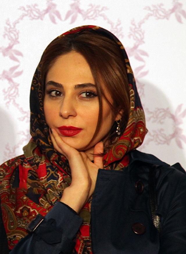 1454559309 عکس های بازیگران در فرش قرمز فیلم خشم و هیاهو جشنواره فجر 94