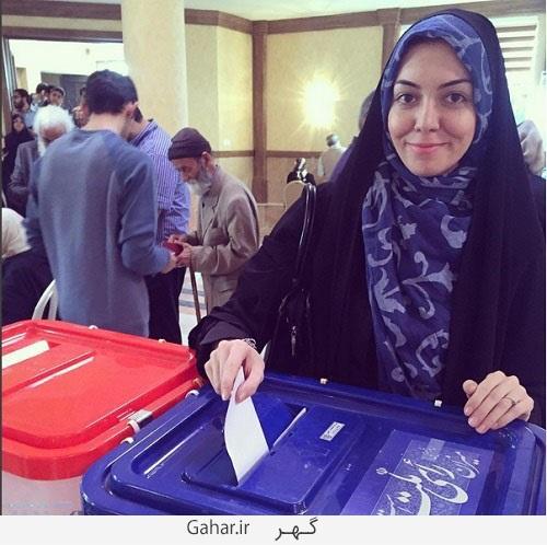 1456587821 عکس آزاده نامداری در حال رای دادن