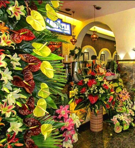 1463760340 عکس های محمدرضا گلزار و برادرش بردیا در افتتاحیه رستوران انار