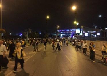 1467230581 در حادثه فرودگاه استانبول 183 نفر کشته و زخمی شدند + عکس و فیلم