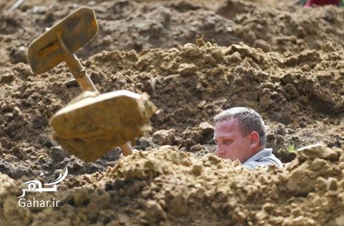 1467713717 مسابقه قبرکنی در دبرکن ؛ عکس