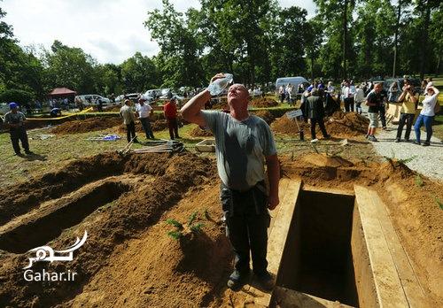 1467754983 مسابقه قبرکنی در دبرکن ؛ عکس