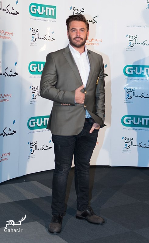 1475342424 عکسهای محمدرضا گلزار در اکران فیلم خشکسالی و دروغ