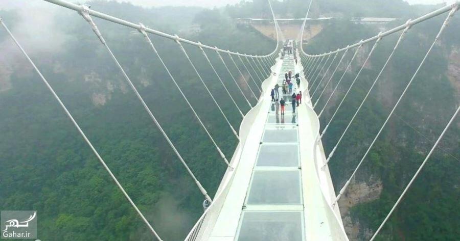 1483686290 اولین پل معلق و شیشه ای جهان در چین افتتاح شد
