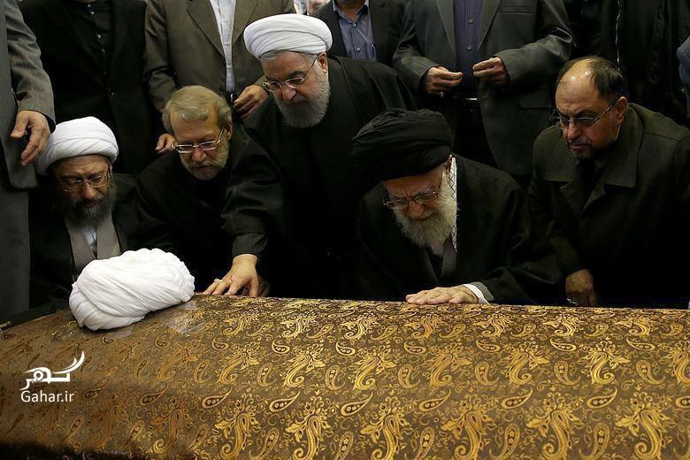 1484136086 عکس ؛ وداع رهبر انقلاب با یار دیرینش آیت الله هاشمی رفسنجانی