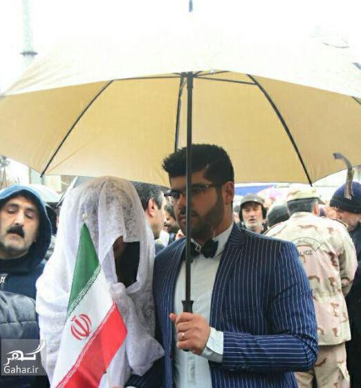 1486797220 عکسی جالب از عروس و داماد در راهپیمایی 22 بهمن