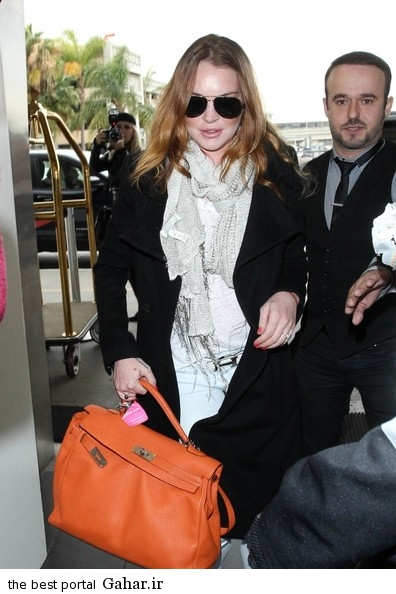 Lindsay Lohan seen at LAX Pd4N0d uLlQl عکس های جدید لیندسی لوهان