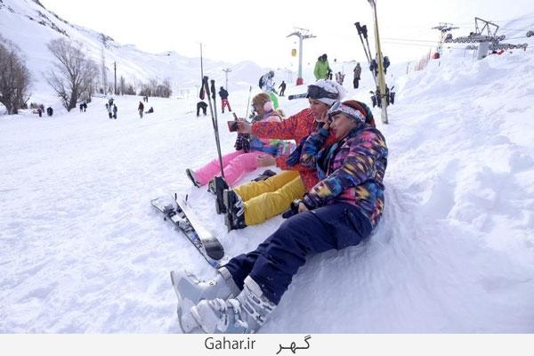 pisteski3 عکس ; پوشش عجیب زنان در پیست اسکی دیزین