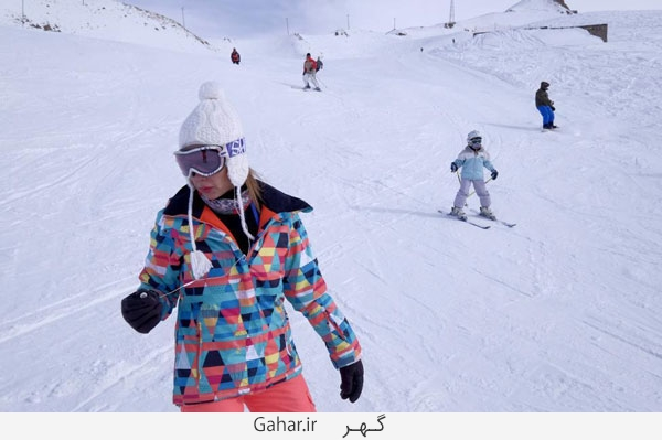 pisteski5 عکس ; پوشش عجیب زنان در پیست اسکی دیزین