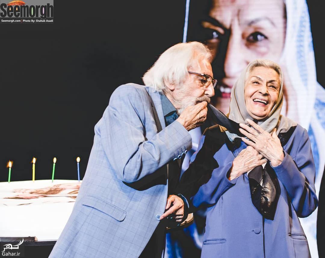 عکس های دیدنی از تولد ۹۰ سالگی بانو ژاله علو در اختتامیه فیلم شهر, جدید 1400 -گهر