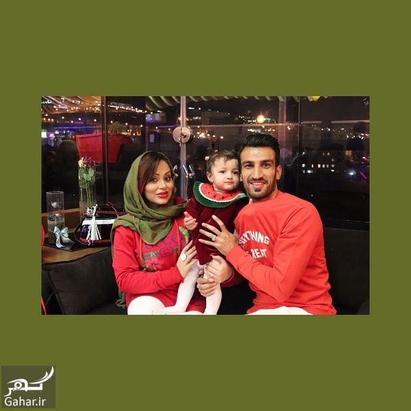 عکسهای دیدنی حسین ماهینی به همراه همسر و دخترش با تیپ یلدایی, جدید 1400 -گهر