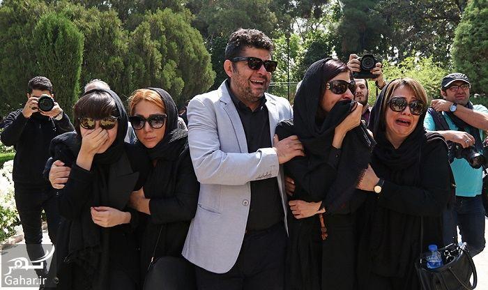 011070 Gahar ir عکسهای مراسم خاکسپاری ناصر چشم آذر با حضور هنرمندان