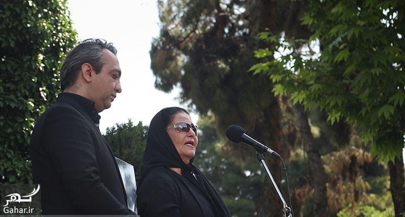 110609 Gahar ir عکسهای مراسم خاکسپاری ناصر چشم آذر با حضور هنرمندان