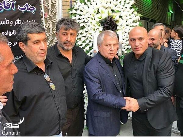 147846 Gahar ir عکسهای حضور ورزشکاران در مراسم ختم برادرزاده علی پروین