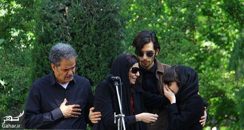 320489 Gahar ir عکسهای مراسم خاکسپاری ناصر چشم آذر با حضور هنرمندان