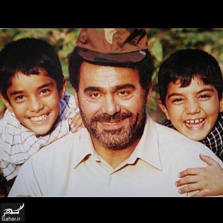 542810 Gahar ir عکس کودکی سینا و ساعد سهیلی در کنار جمشید هاشم پور