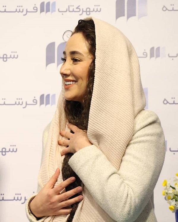 669026 Gahar ir عکسهای بهاره افشاری در مراسم رونمایی از کتاب صوتی اش