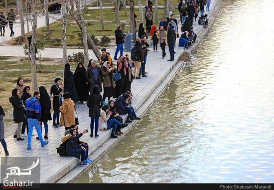 719695 Gahar ir عکسهای زیبا از شور و شوق مردم اصفهان کنار زاینده رود بهمن 97